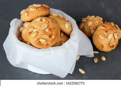 Lemon shortbread cookies with peanuts