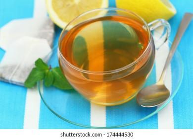 Lemon tea, close up