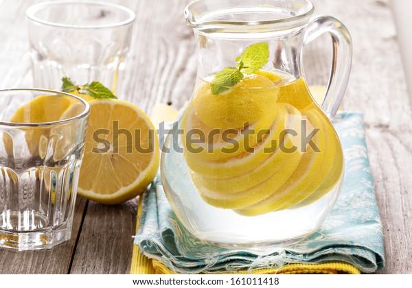 Lemonade with mint and lemon