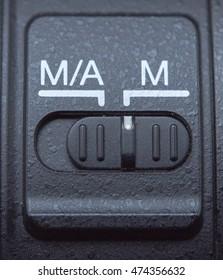 lens auto/mannual focus button