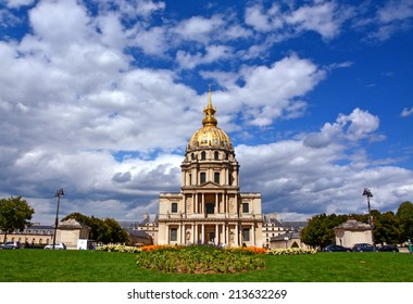 Les Invalides in spring time, Paris, France