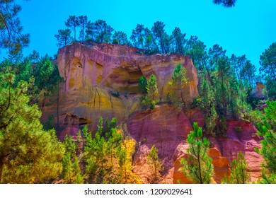 Les Ocres du Roussillon - a former ochre quarry in southern France