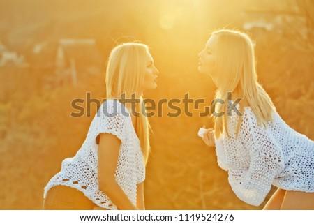 Shown lesbin sexis orgy