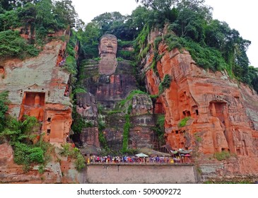 Leshan Grand Buddha (Giant Buddha), UNESCO World Heritage Site, Leshan, Lingyun Shan Mountain, Sichuan, China