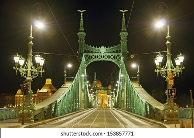 Liberty Bridge, Budapest by night, without identifier crest for creative work