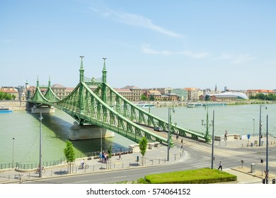 Liberty or Freedom Bridge connecting Buda and Pest across the Dunabe River in Budapest, Hungary