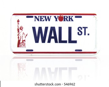 A license plate with a Wall Street theme