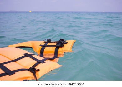 Life jackets were dumped in the sea. Safety at sea is not interested. This could be an accident, even death.