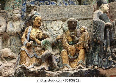 Life style family story of one carvings  in main cave