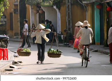 Life of vietnamese vendor in Hoi An, Vietnam
