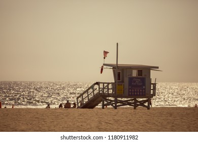 lifeguard tower in Los Angeles
