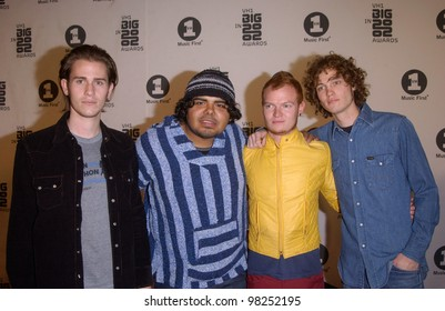 LIFEHOUSE at the VH-1 Big in 2002 Awards in Los Angeles. 04DEC2002   Paul Smith / Featureflash