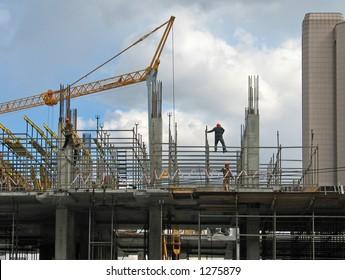 Lifting crane over frame-house