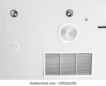 light blub and air condition on ceiling with low color effect.