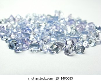 lot of light blue sapphire round diamond precious gemstone for design jewelry.