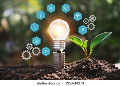 Light bulbs with glowing one. technology and creativity concept with light bulbs and copy space for insert text