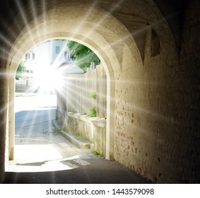light-end-tunnel-260nw-1443579098.jpg