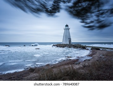 Light house storm