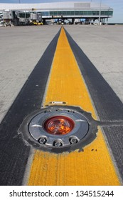 Light on taxiway