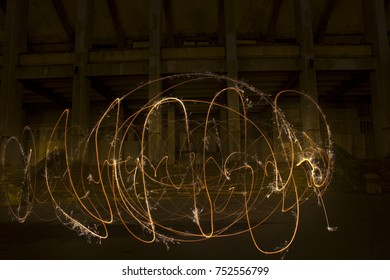 Light painting / light drawing with fire and steel wool