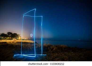 A light painting teleport door can take you from anywhere in the world to the quietest sea in a starry night.