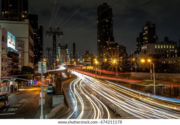Light rails down the 59 Street bridge