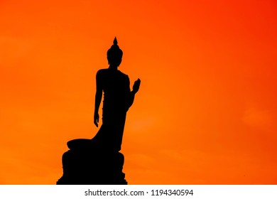 light and shadow of the revered Buddha image of Thai people.