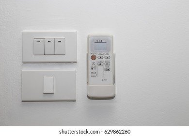 Light switch and remote control for air conditioner