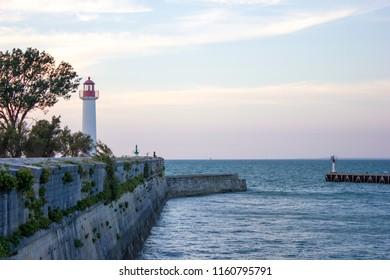 Lighthouse at Il de Ré in the sunset