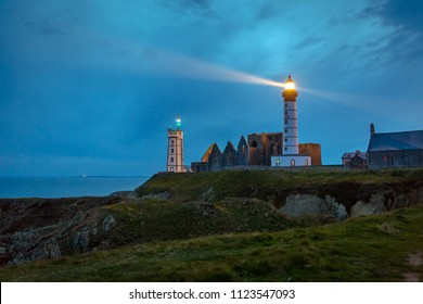 Lighthouse and ruin of monastery, Pointe de Saint Mathieu, Brittany (Bretagne), France