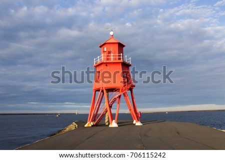 lighthouse-south-shield-beach-newcastle-