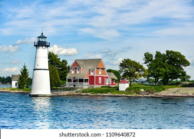 Lighthouse in The Thousand Islands archipelago, on the border between northern New York State (United States) and southeastern Ontario (Canada)