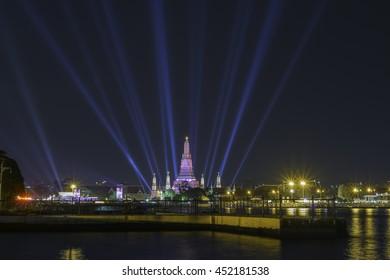 Lighting show at Wat Arun Temple , Bangkok, Thailand