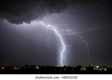 Lightning bolt night