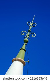 Lightning conductor, lightning rod at the castle tower, Fiscal Island, Rio, Brazil