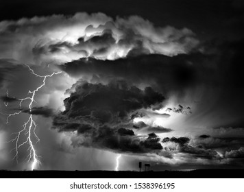 Lightning Storm Clouds Canada Saskatchewan Dramatic Summer