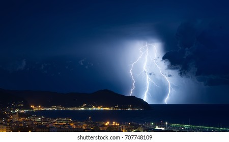 Lightning and thunderstorm on the Tigullio Gulf - Ligurian sea - Chiavari, Lavagna and Sestri Levante - Italy
