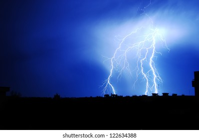 Lightnings in town