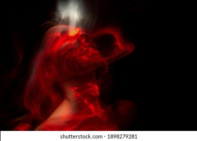 lightpainting portrait, new art direction, light drawing at long exposure
