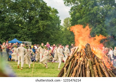 Ligo festival bonfire. Berzes strazdi Ligo festival. Catthorpe Manor Estate, Lilbourne Lane, Catthorpe. United Kingdom 15/06/2018