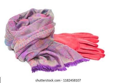 lilac woolen scarf and red leather gloves