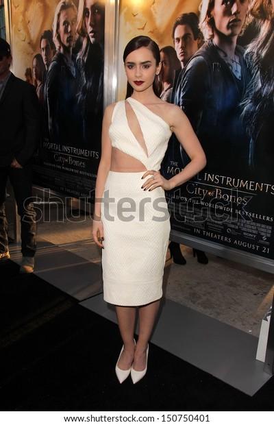 Lily Collins Mortal Instruments City Bones Stock Photo (Edit
