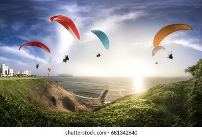 LIMA, PERU: Paraglides in Miraflores.