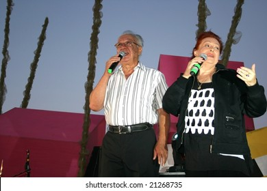 LIMASSOL,CYPRUS-JUNE 7, 2008:Unidentified seniors singers  in Cypriot-Russian festival.