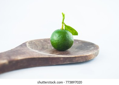 Lime green Lemon juice is very fresh