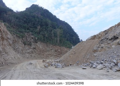 Limestone mining, Open pit mine