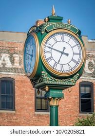 Lincoln Haymarket 4-faced faux-antique clock