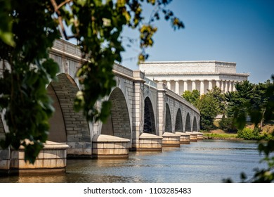 The Lincoln Memorial and the Arlington Memorial Bridge stretching over the Potomac River into Washington DC