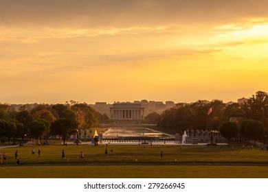 Lincoln and WWII Memorials at Sunset on the National Mall