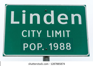 Linden city limit road sign on the entrance to Linden, TX.